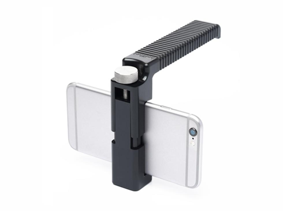 一眼レフがなくてもできる  iPhone でスケボーのローアングル撮影用グッズ!