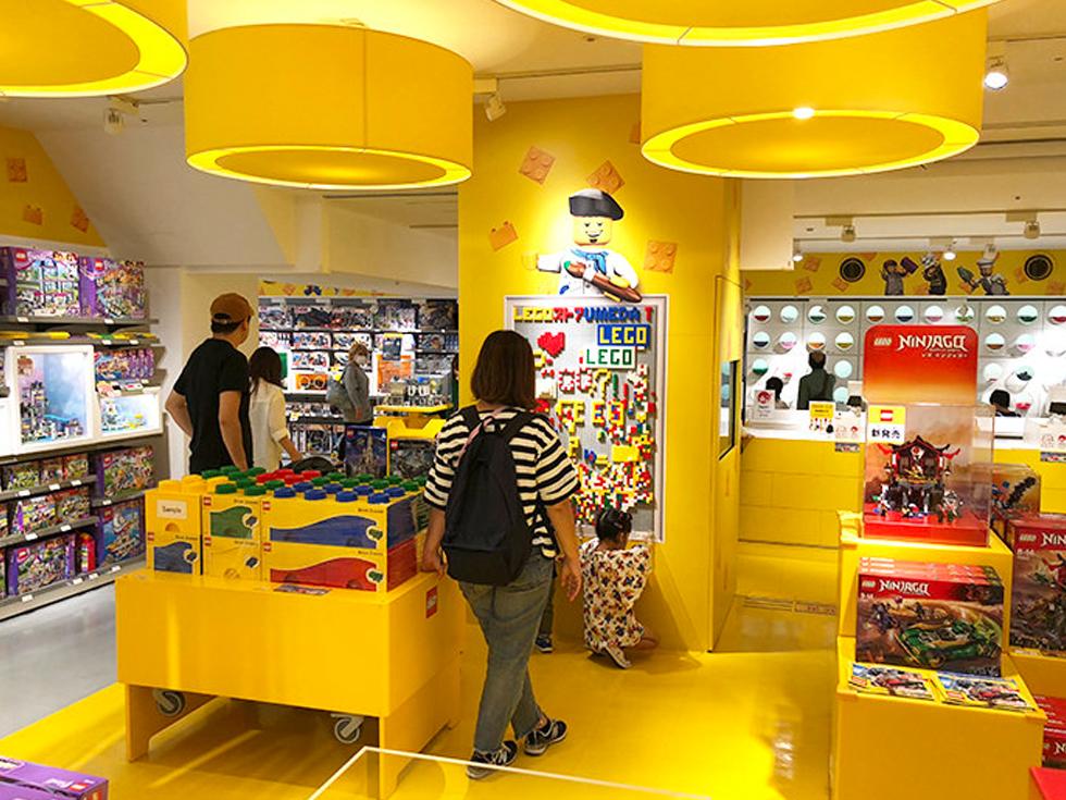 レゴストア大阪梅田店にはLEGOブロック誕生60周年の魅力満載
