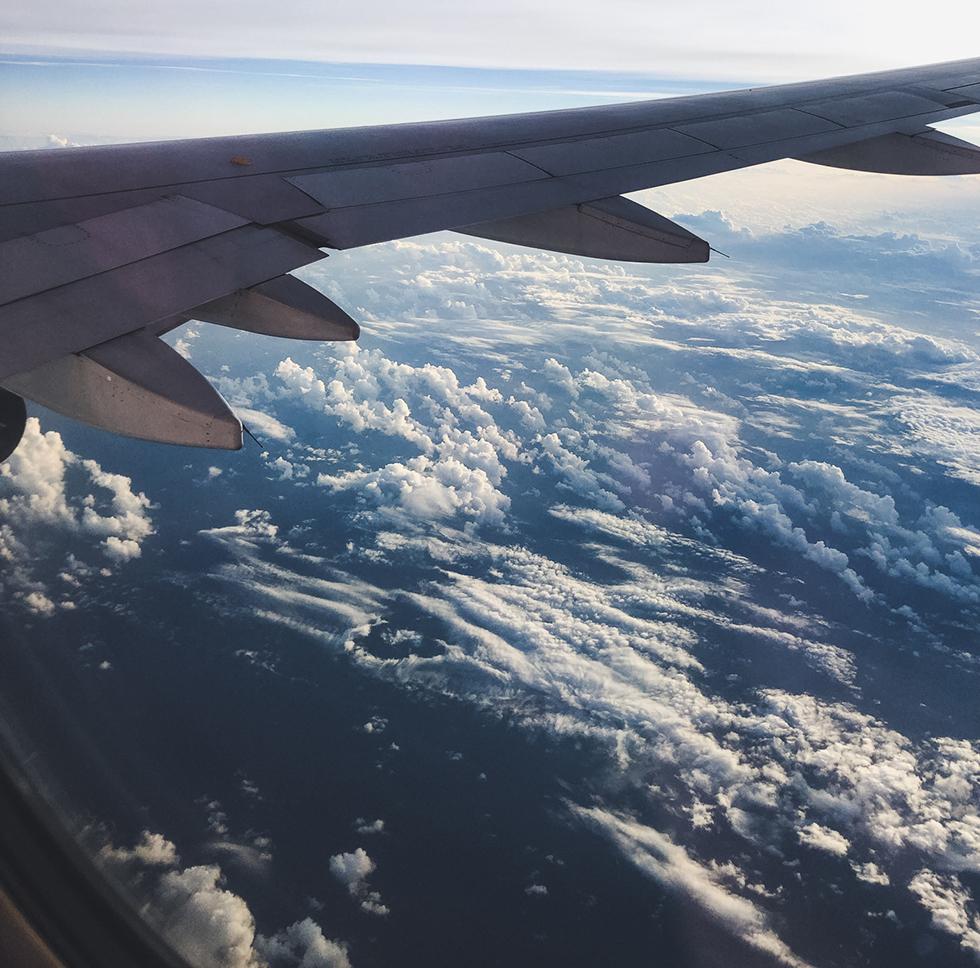 飛行機の雑音