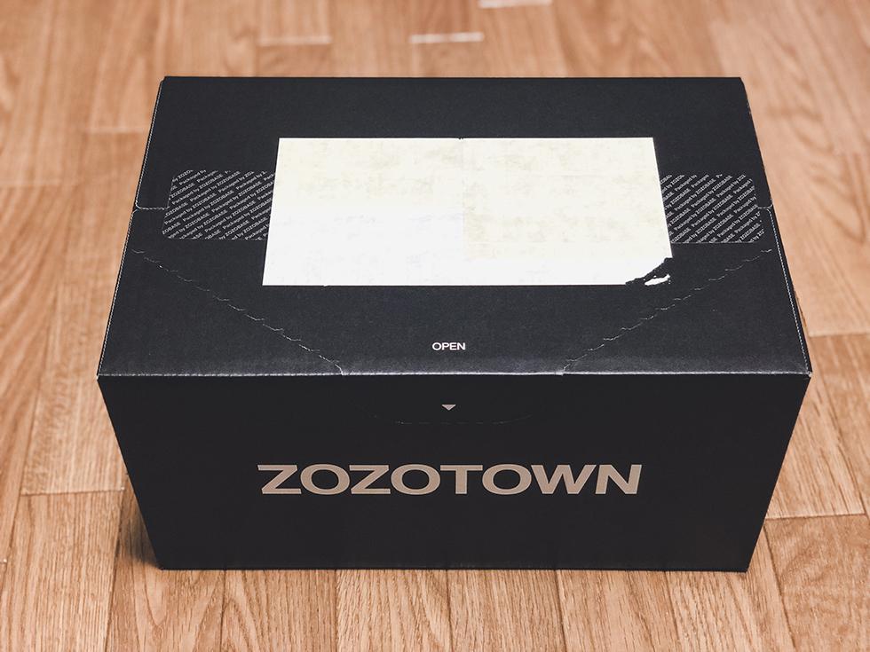 ZOZOHEAT(ゾゾヒート)が入ったZOZOTOWNのダンボール