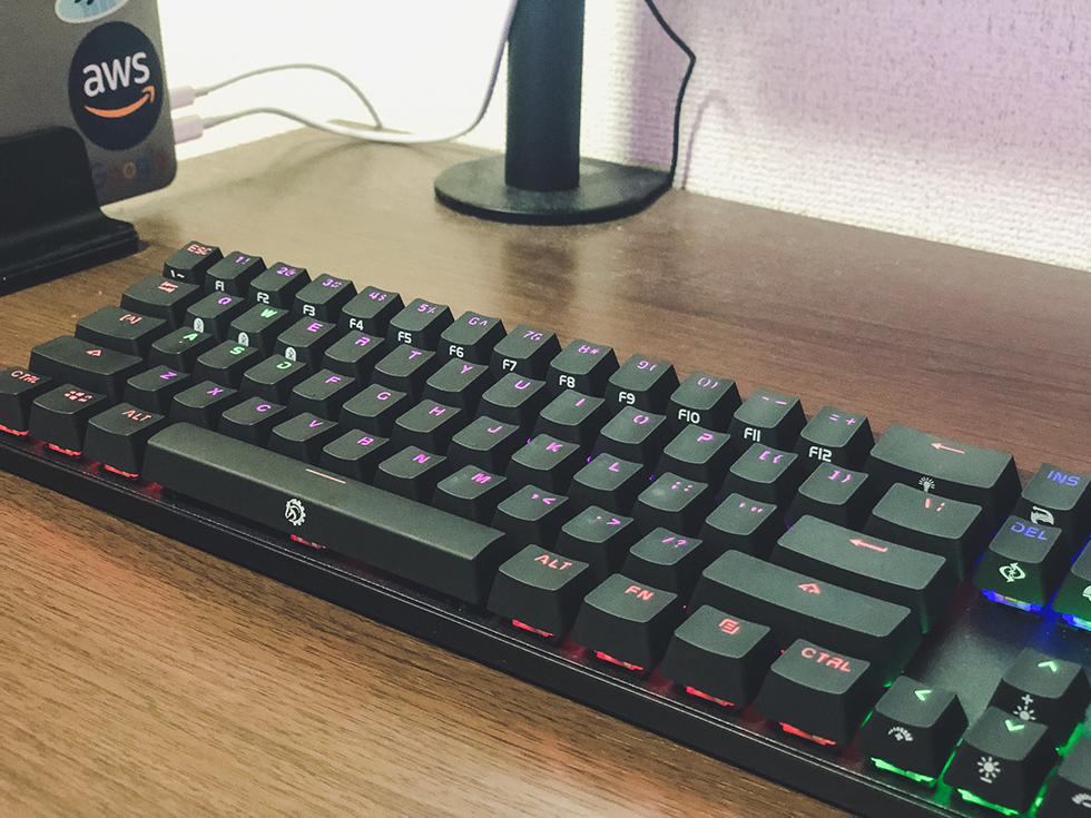 MacBook Pro をデスクトップ化する時に使っているキーボード