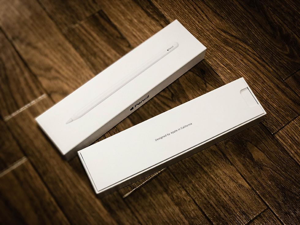 Apple Pencil 2(第2世代)の箱を開けたところ