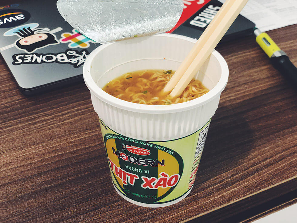 変わり種なベトナムのカップ麺をランキング第4位