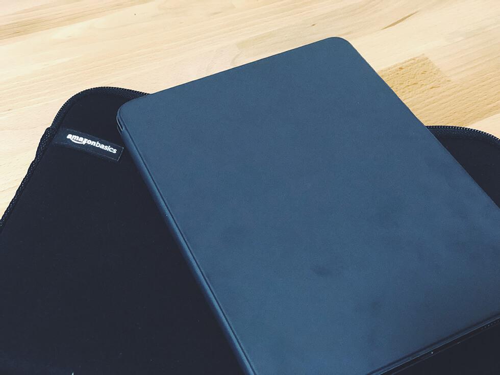 iPad Pro を持ち運びして使う時は純正アクセサリー