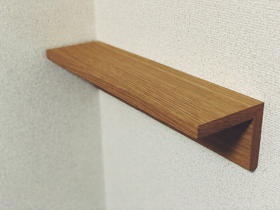 無印の壁に付けられる家具を設置したところ