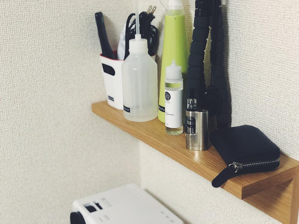 賃貸で使える!無印の壁に付けられる家具【壁棚】