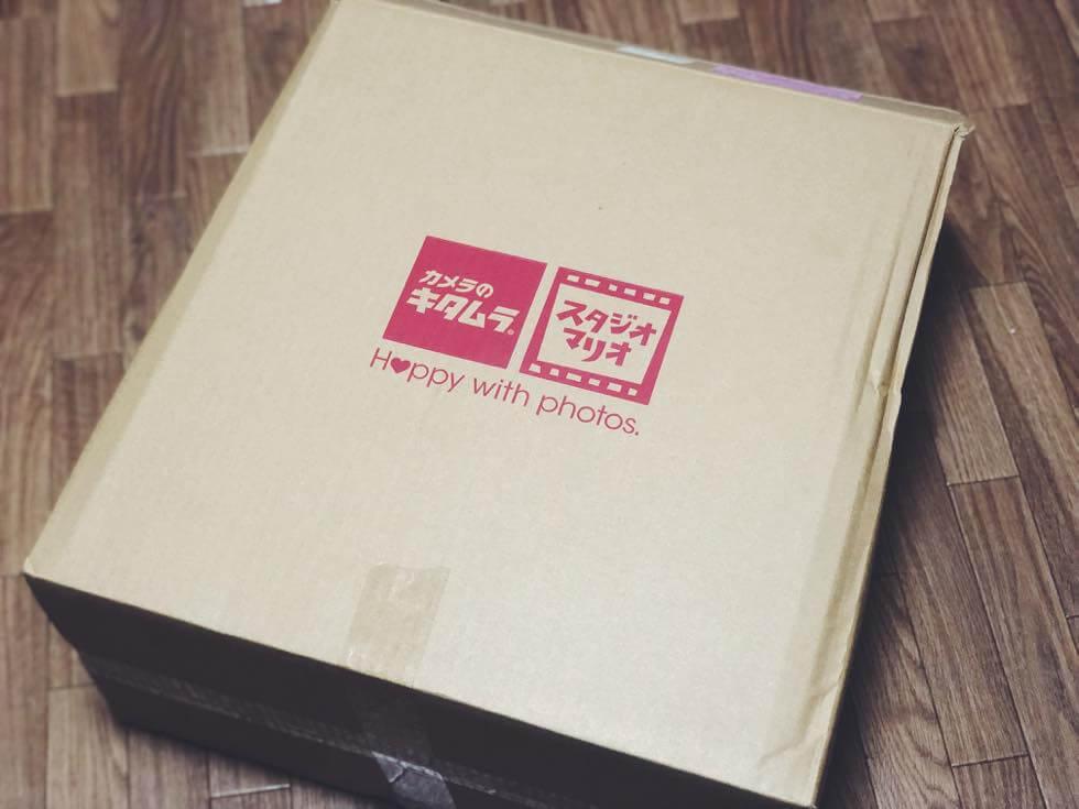 キャノン EOS Kiss X9i ダブルズームキットを購入したカメラのキタムラのダンボール