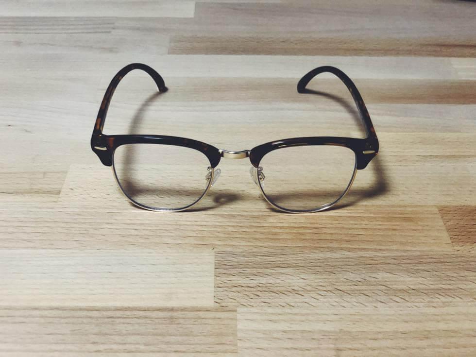 眼鏡屋よりクオリティの高いコスパ最高なユニクロメガネ