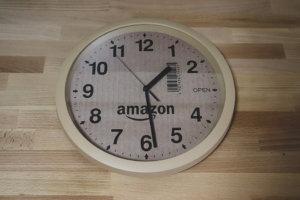 amazon 大好きな人におすすめしたいアマゾンの段ボール風掛け時計をレビュー