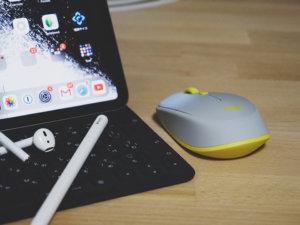 iPad のマウスのおすすめはロジクール M337GR が小型サイズで持ち運びに最適