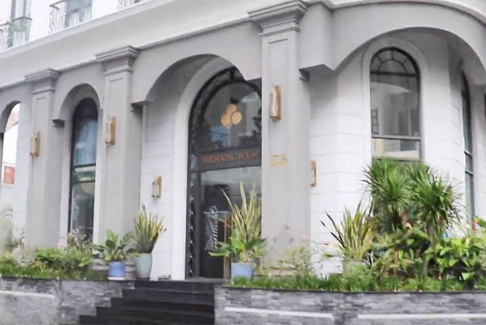 ベトナムに長期滞在するときに使うホテルの外観
