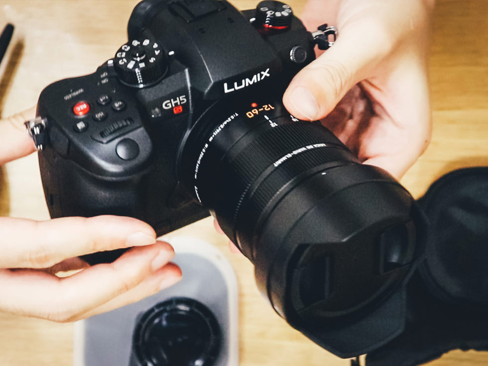 ミラーレスカメラ GH5S