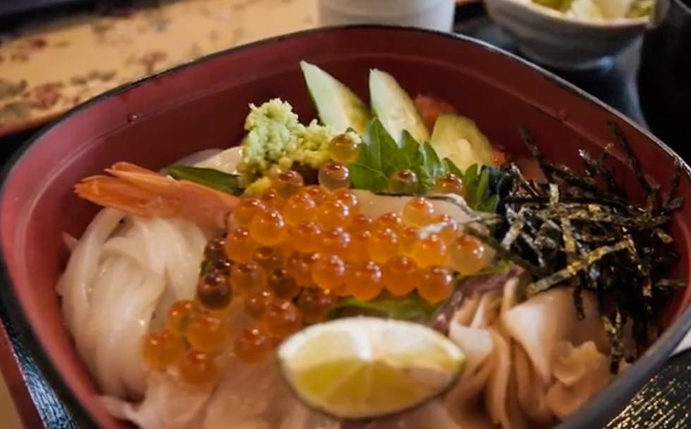 大塚国際美術館で食べれる海鮮丼