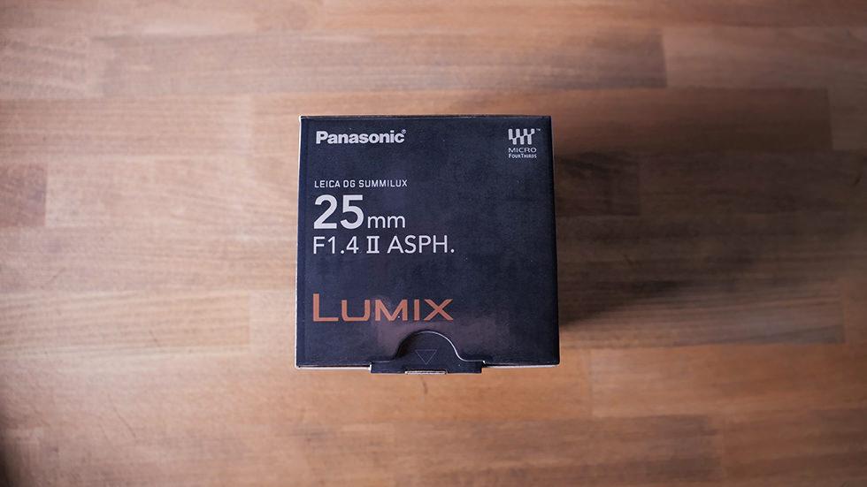 マイクロフォーサーズ用 ルミックス LEICA DG SUMMILUX 25mm/F1.4 II ASPHの外箱
