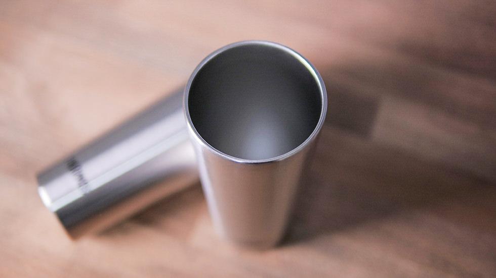 サーモスの真空断熱タンブラー JDI-400P-Sはガラスではないので安心