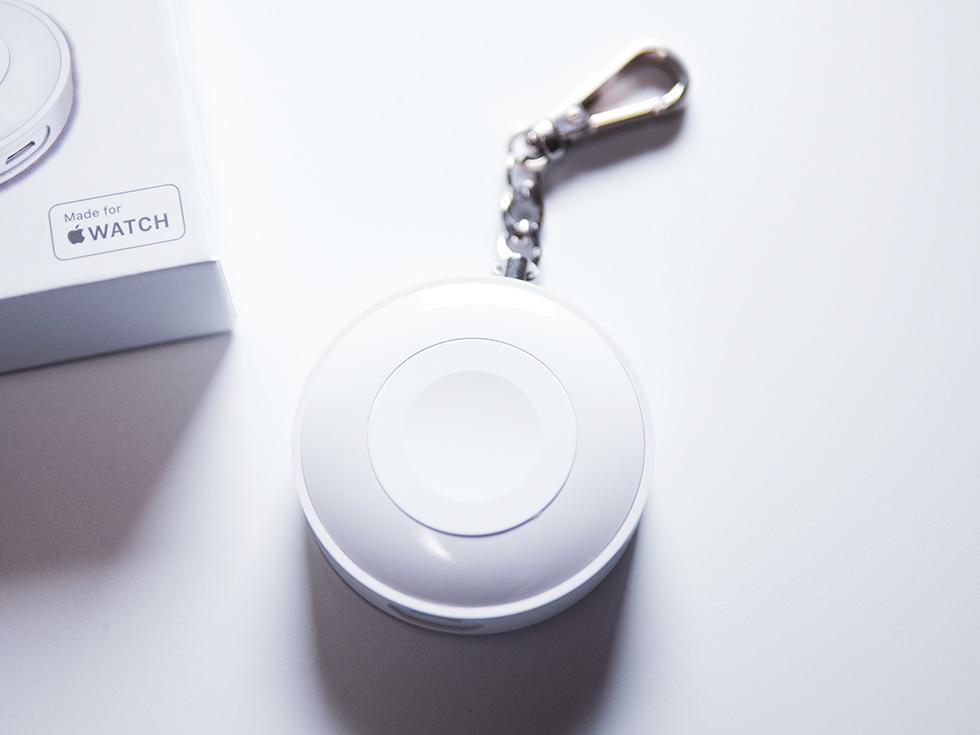 Apple Watch充電器の正面