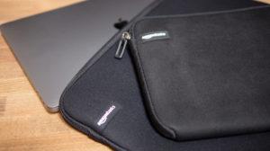 MacBook Pro 16インチのケースは Amazon ベーシックで決まり【おすすめアクセサリー】