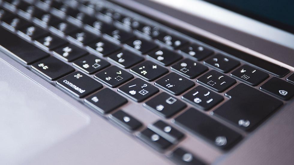 MacBookPro16インチのシザー式キーボード