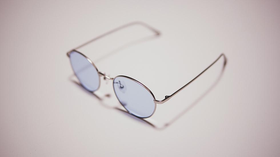 ユニクロのラウンドメタルサングラスのデザイン