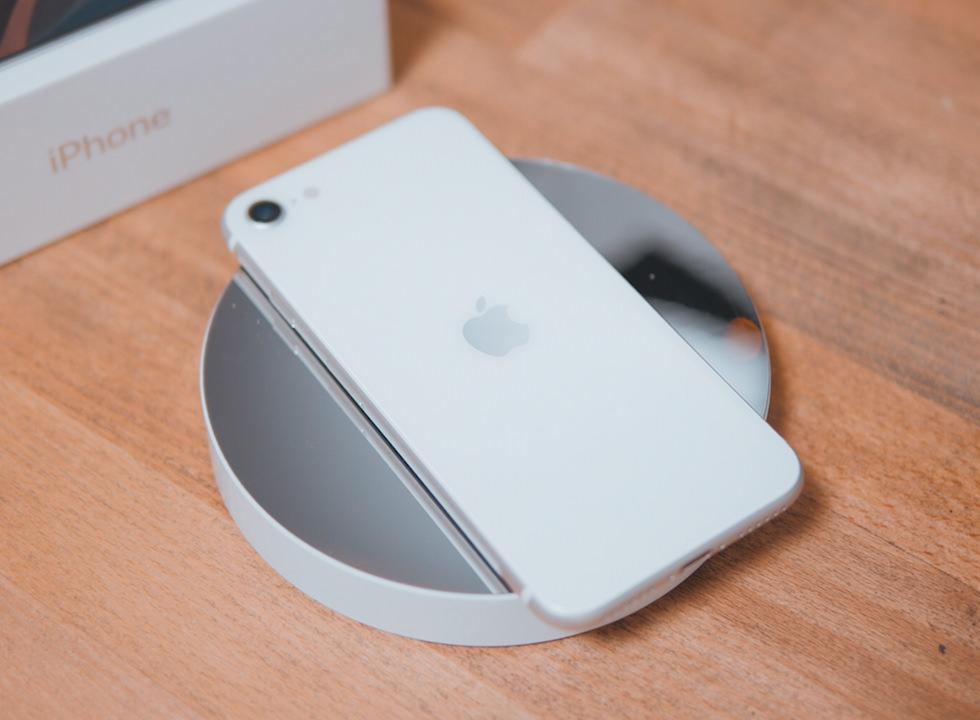 初代iPhone SEと新型の違い