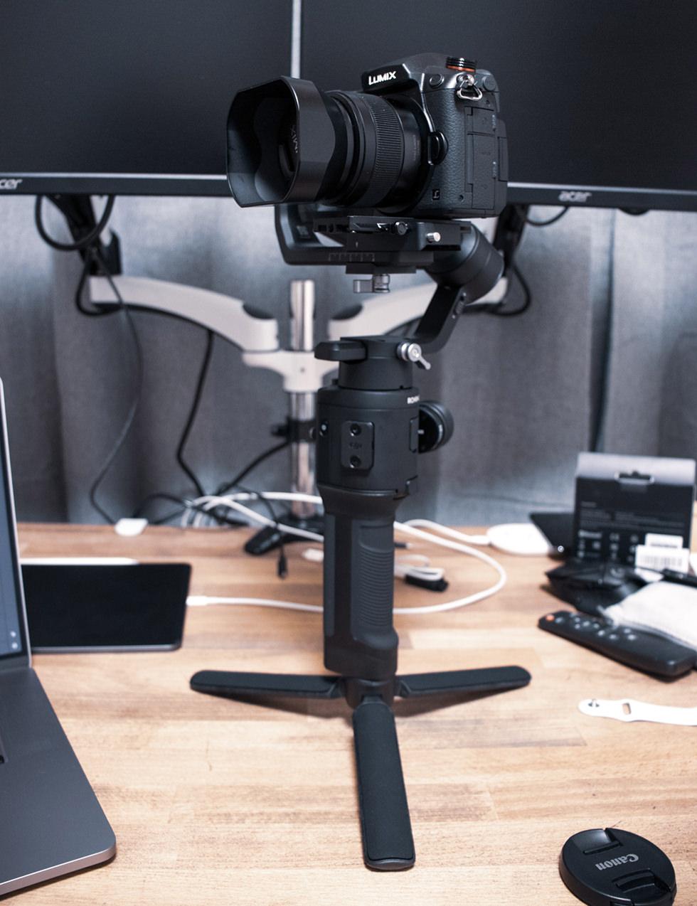 ミラーレスカメラ用ジンバル DJI Ronin-SC に Panasonic GH5Sをセットしたところ