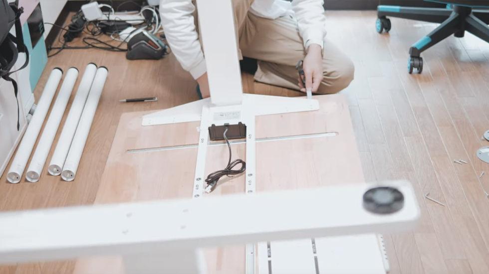 FLEXISPOT 電動式スタンディングデスク E3W  天板取り付け