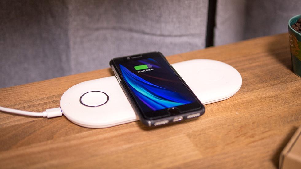 ワイヤレス充電やモバイルSuicaの使用も可能