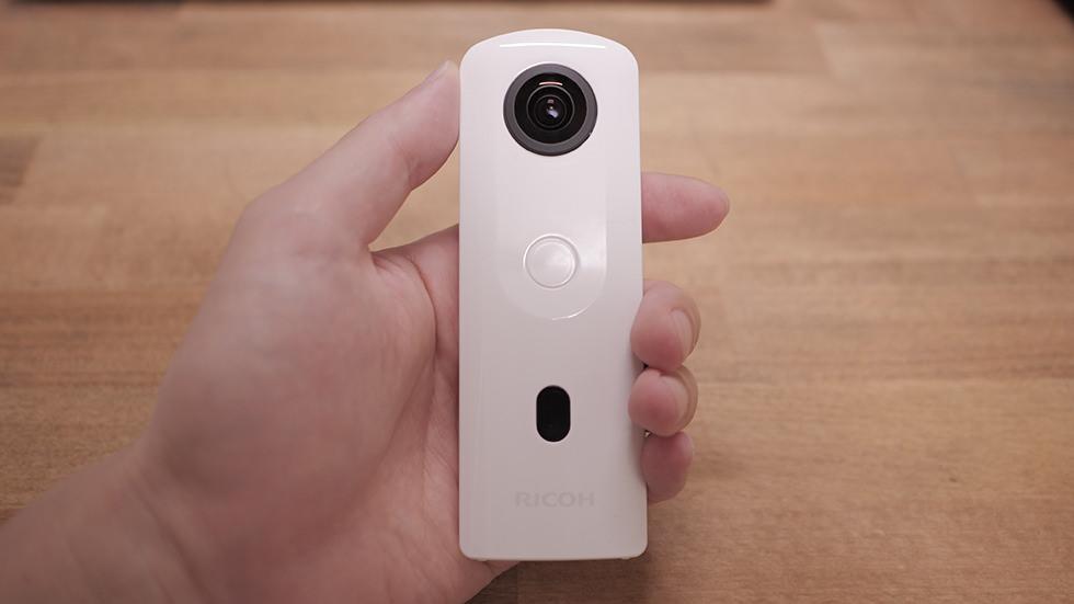 360度カメラ RICOH THETA SC2 実機